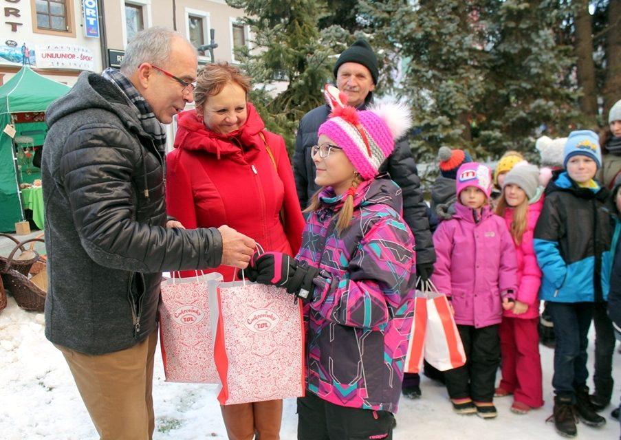 Poprad mestom najkrajších vianočných stromčekov